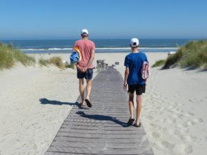 Mit leichtem Gepäck zum Looger Strand